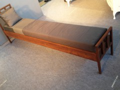 Anorexic Bed