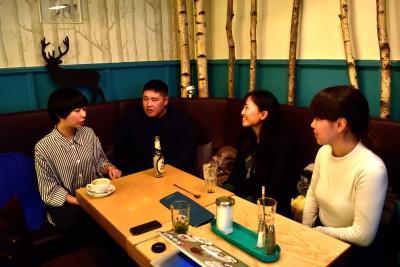 左から、木村さん、広島さん、あゆみさん、中村さん。