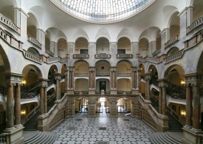 ミュンヘン州立裁判所、ここも「会場」になる!