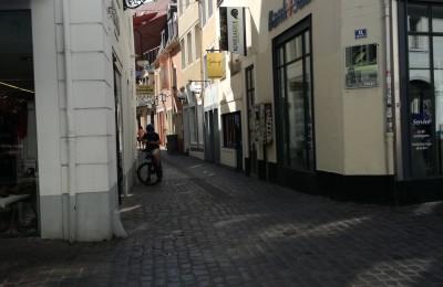 ザールブリュッケン中心部の小道