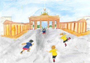 小学校の部 第1位 『サッカーを楽しむ子達』 髙橋 理都 さん 聖ドミニコ学院小学校 ©German Embassy Tokyo
