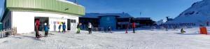 晴れた日のスキー場。BGMもなく穏やかな気候と壮大な自然を満喫できた Photo: Aki SCHULTE-KARASAWA