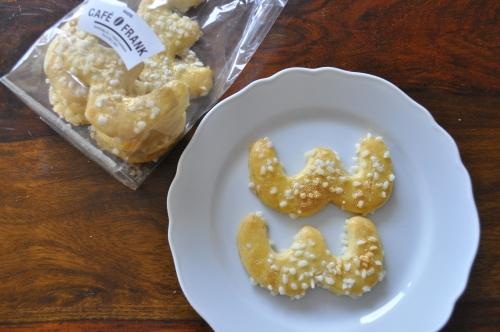 クライルス名物、ホラッフェンを模したクッキー