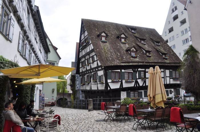 ウルムのシーフェスハウス(Schiefes Haus)