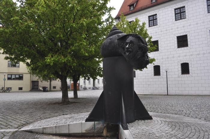 ウルムのアインシュタインの泉(Einstein Brunnen)