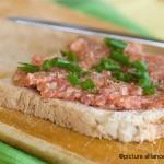 Schweinemett-豚肉を生で食す!?