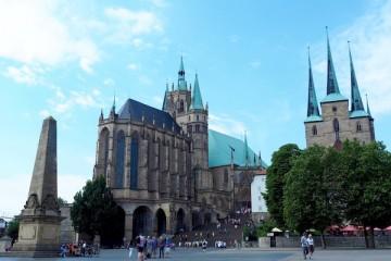 エアフルトの大聖堂(Dom)は街の中心的存在。パイプオルガンの音も美しい Photo: Aki SCHULTE-KARASAWA