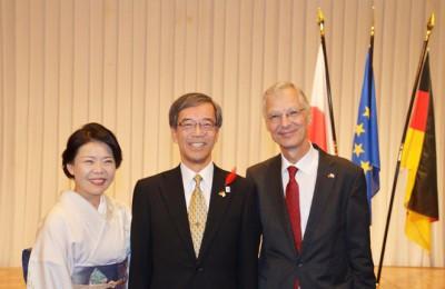 金澤兵庫県副知事ご夫妻とケーラー総領事 ©Minning/GK Osaka-Kobe