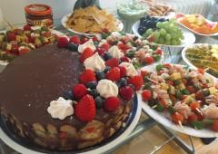 私ともう一人の友人で行った誕生日パーティー。ケーキも手作りしました。