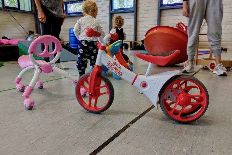 後半に登場した赤ちゃん向け自転車。購入前にいろいろ試せて親も嬉しい Photo: Aki SCHULTE-KARASAWA