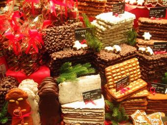 アーヘン名物といえばプリンテン!特にクリスマスシーズンは華やか