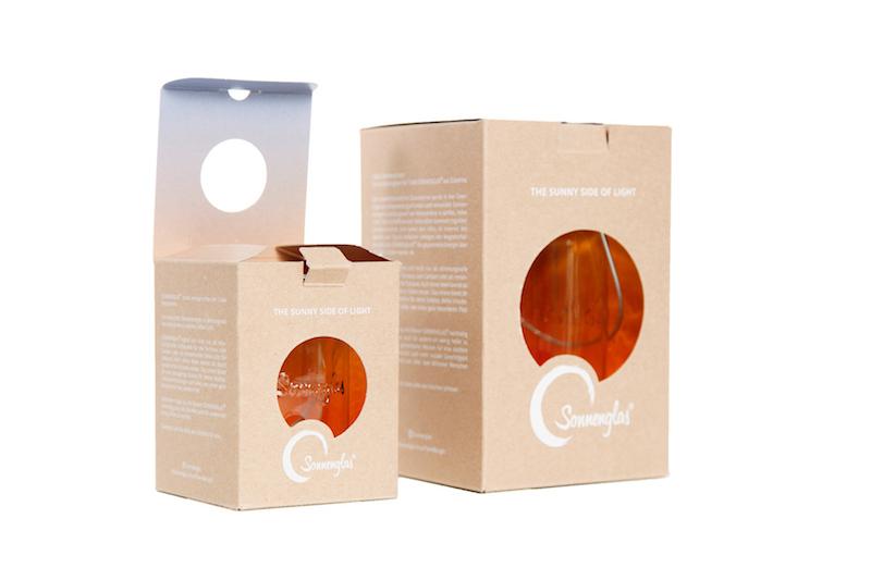 エコなソーラーランタンのパッケージをデザイン © Mizuki Kin