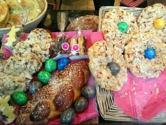 編み込みパンやゆで卵付きパン