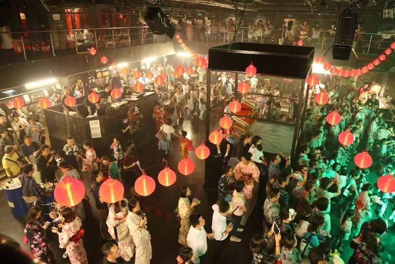 上海で開催したイベント。会場が日本のMATSURIに。