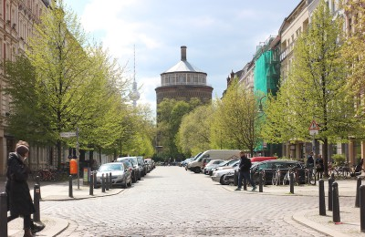 リーケ通りから見た給水塔。