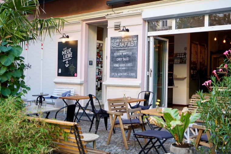 ビーガンカフェのNeue Liebe。