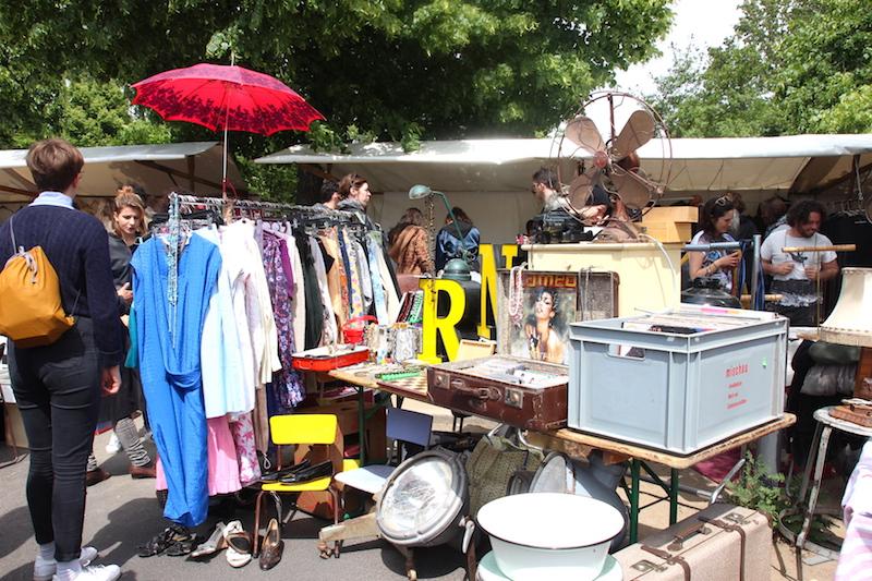 ベルリンの蚤の市。雑貨も古着も充実