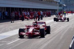 F1の轟音をこれだけ間近に聞いたのは初めてだ Photo: Aki SCHULTE-KARASAWA