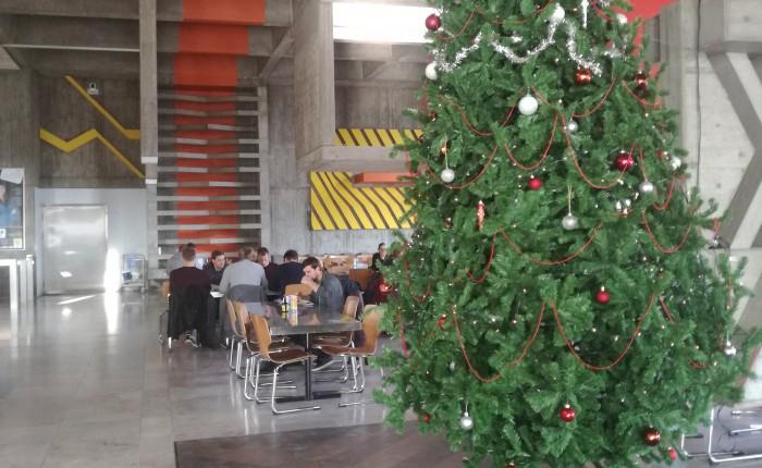 2階の学食(クリスマスモデル)
