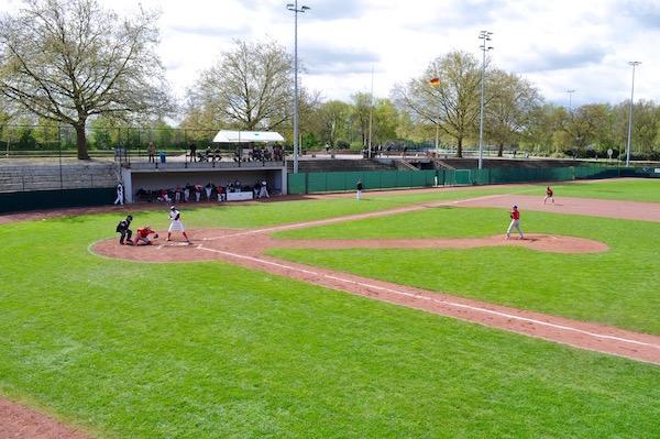 ドルトムント北西に位置するホッシュパークの野球グラウンドは、野球クラブ「ドルトムント・ワンダラース」のホーム Photo: Aki SCHULTE-KARASAWA