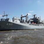 ドイツ海軍最大の補給船「Bonn」 ©GK-Osaka