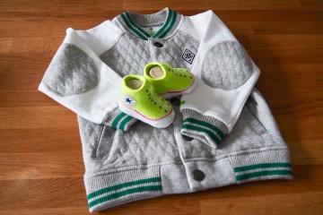 (夫がファンの)ブンデスリーガチーム「ボルシア・メンヘングラードバッハ」デザインのジャケットもいただきました Photo: Aki SCHULTE-KARASAWA