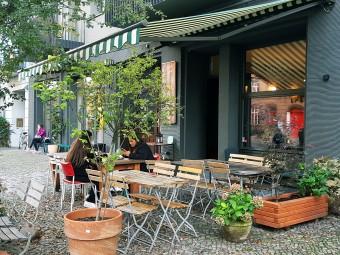 ベルリンいちのカフェ密集地!