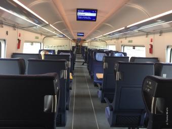 6月17日(水)午前中のニュルンベルクーベルリン間の車内。ひとつのコンパートメントに乗客が10人いなかった時間帯も