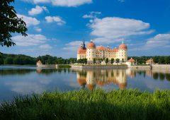 ドイツのカルト人気クリスマス映画!、とロケ地モーリッツブルク城